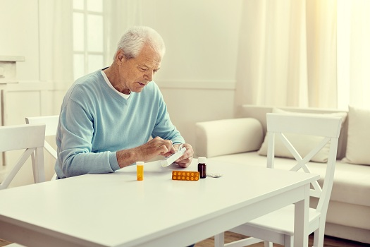 Helping an Aging Parent with Medication Management in Richmond, VA